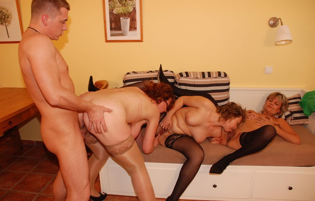 mature-sex-party-one-guy-three-milfs