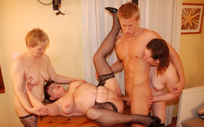 mature-sex-party-the-strapping-dude