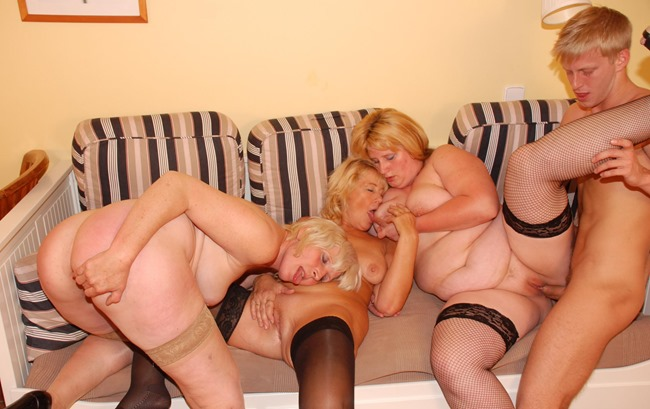 mature-sex-party-three-mature-sluts