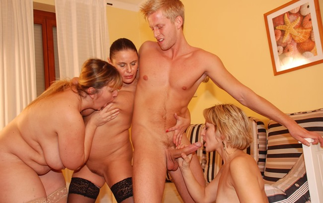 mature-sex-party-three-party-mamas